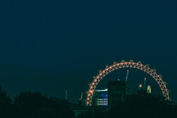 London's Eye from St James' park